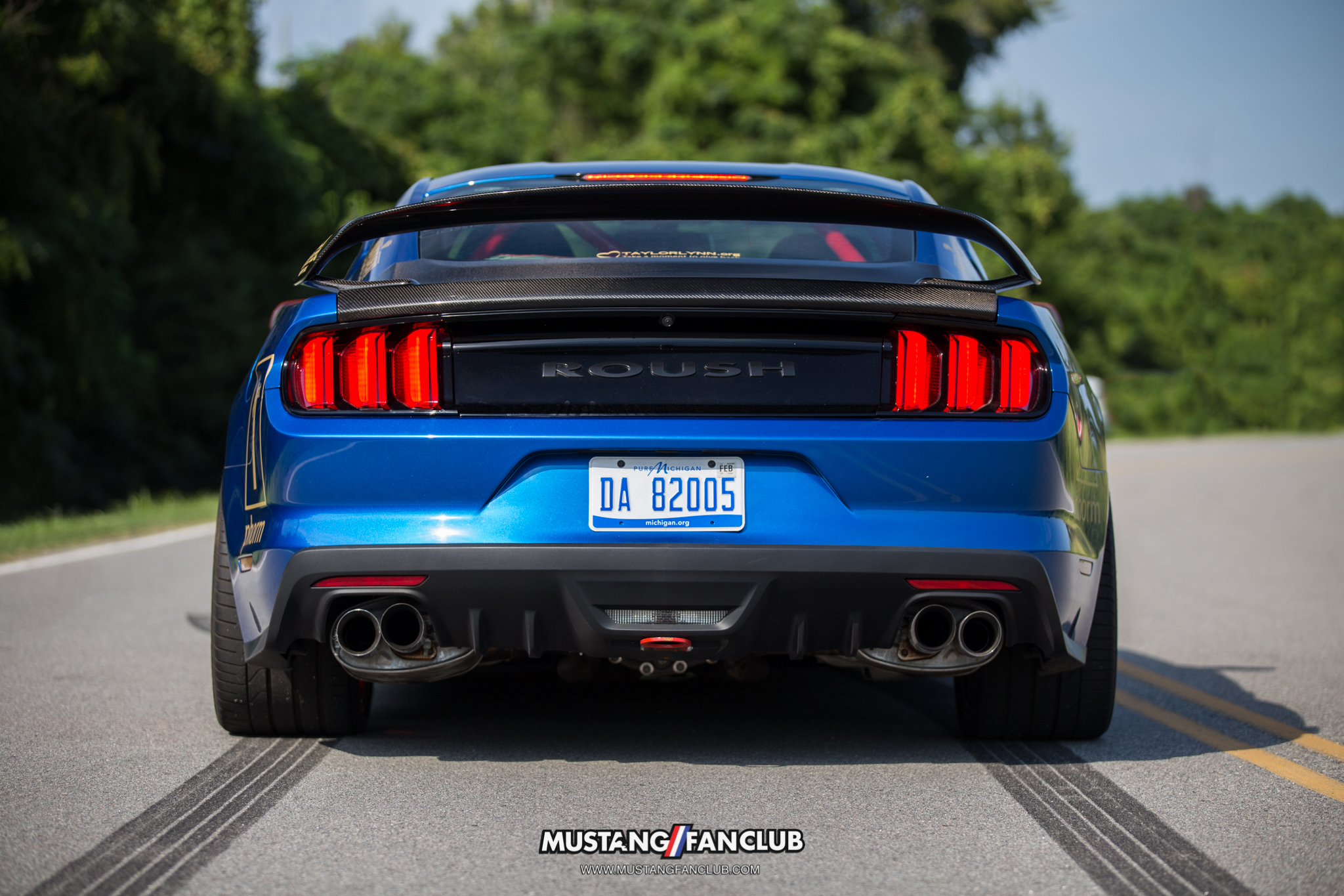 anderson composites carbon fiber gt350r spoiler trunk roush performance mustang fan club gold rush rally mustangfanclub