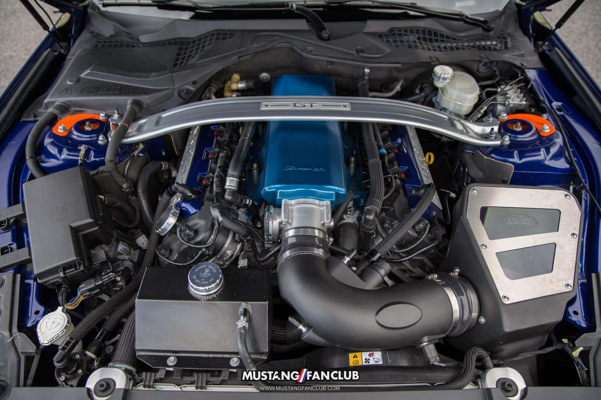 deep impact blue s550 mustang fan club roush performance front fascia camo wrap upr products steve gelles mustang week 2016 16' holley sniper intake manifold