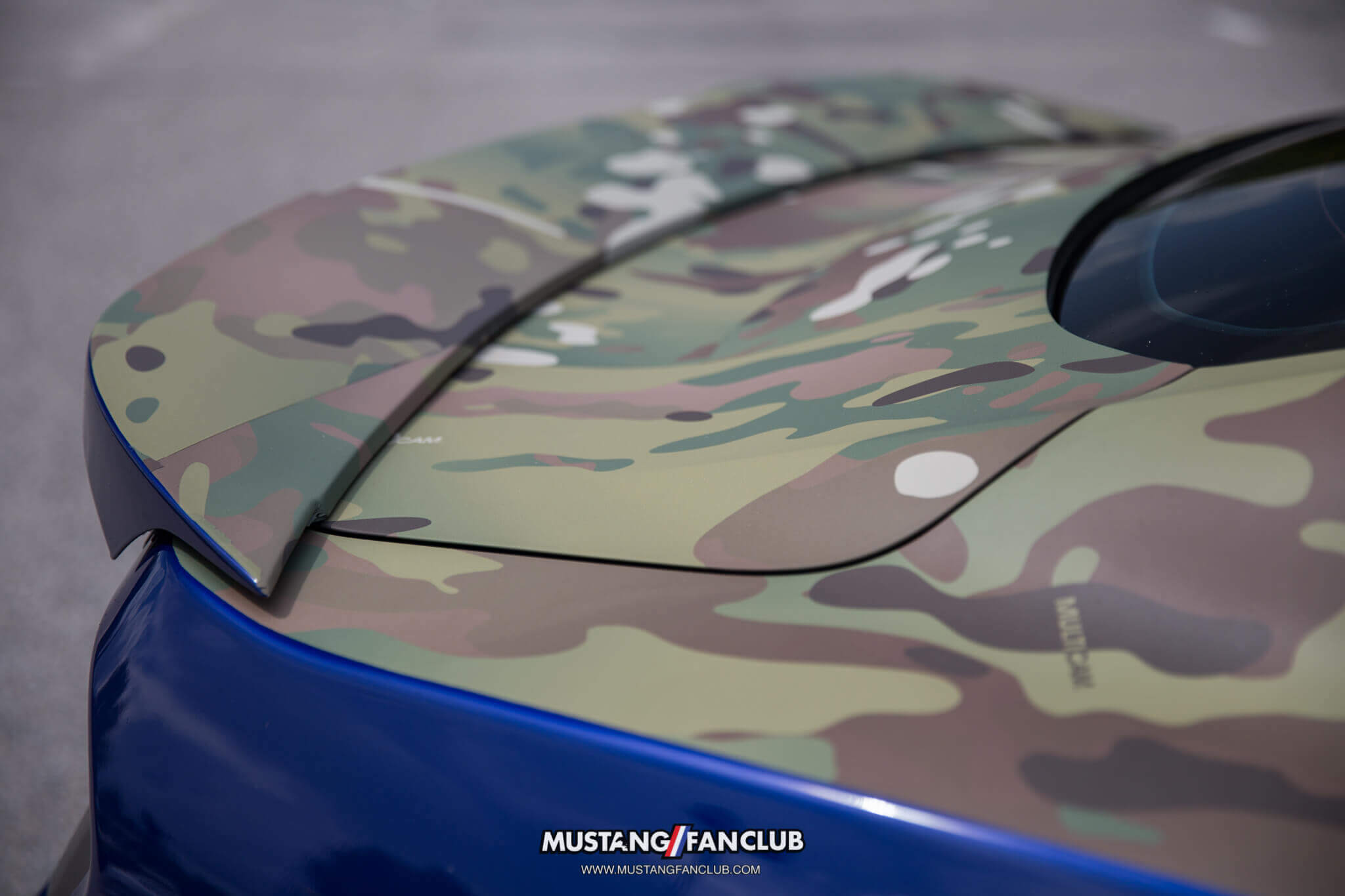 deep impact blue s550 mustang fan club roush performance front fascia camo wrap upr products steve gelles mustang week 2016 16'