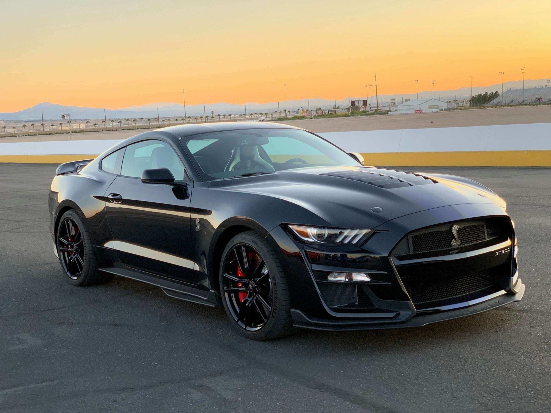 2020 GT500 Shadow Black