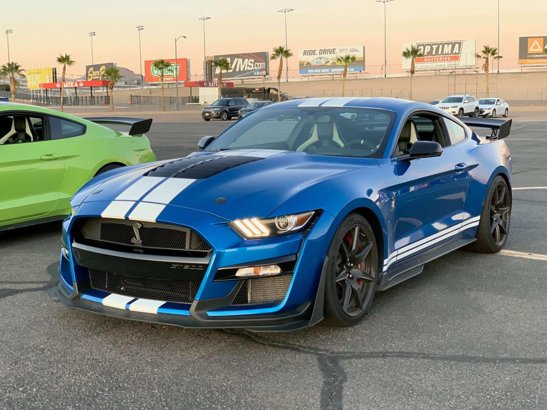 2020 GT500 Velocity Blue
