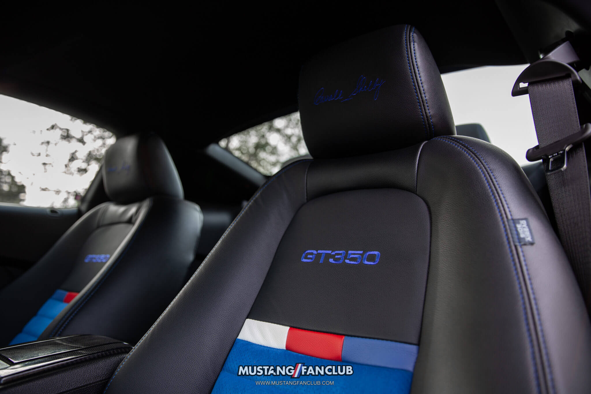 2011 Shelby GT350 interior