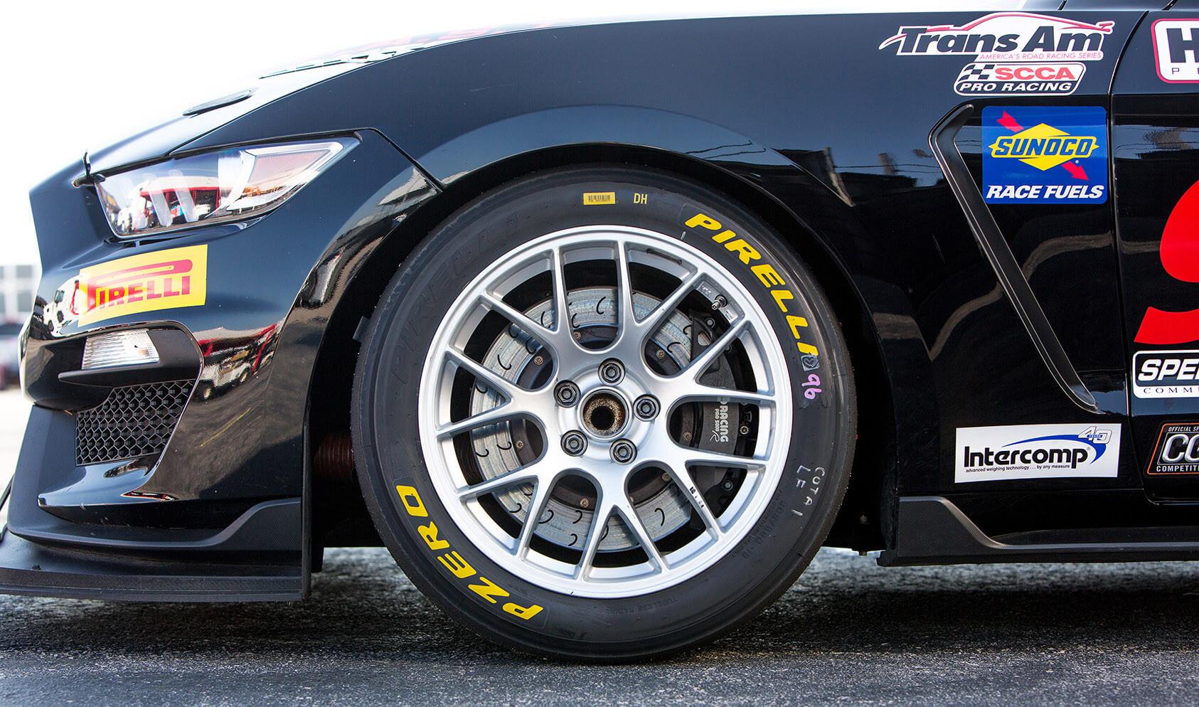 APEX Wheels Shelby GT350 EC7