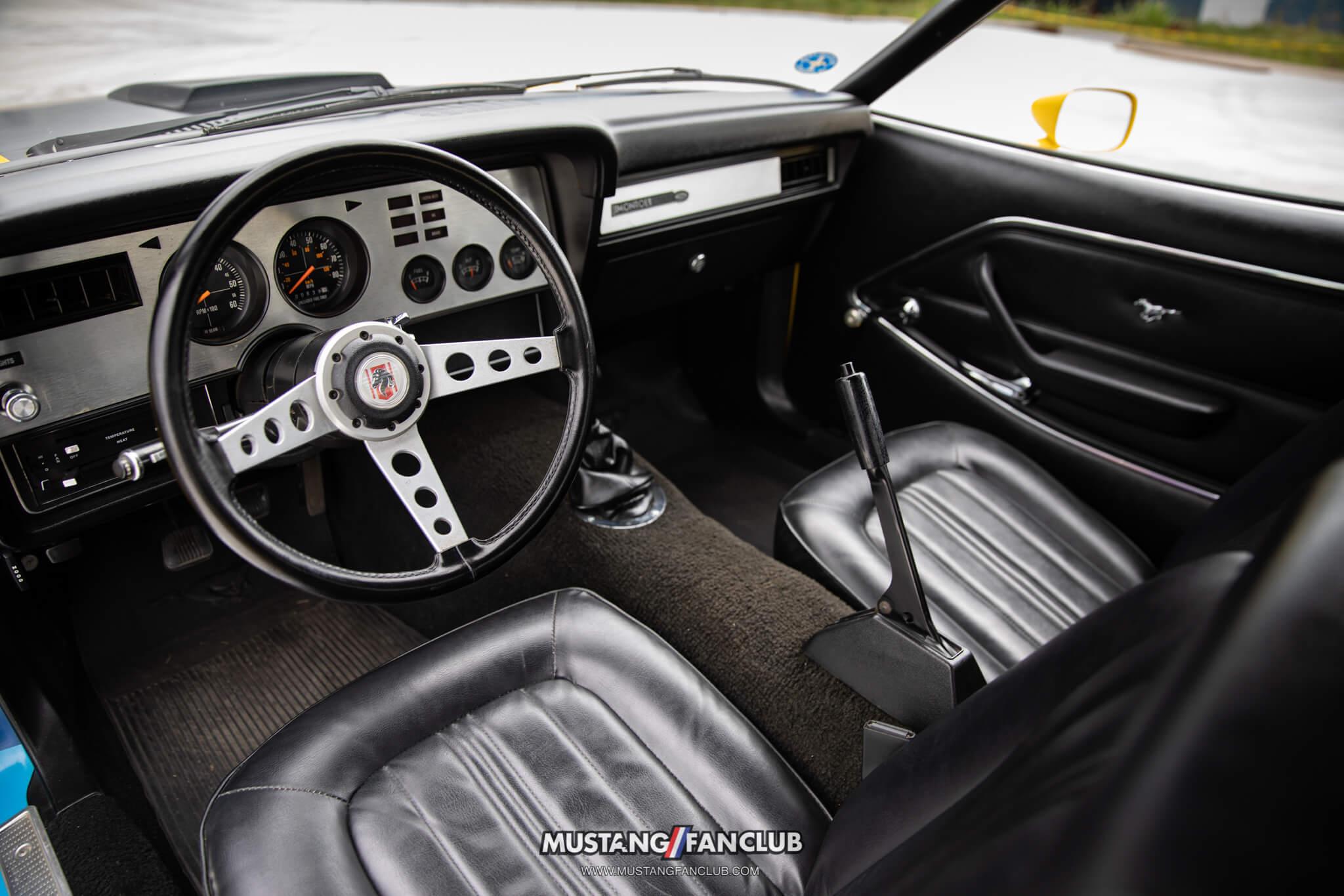 Mustang ii Monroe Handler interior